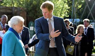 Elizabeth II, Prince Harry