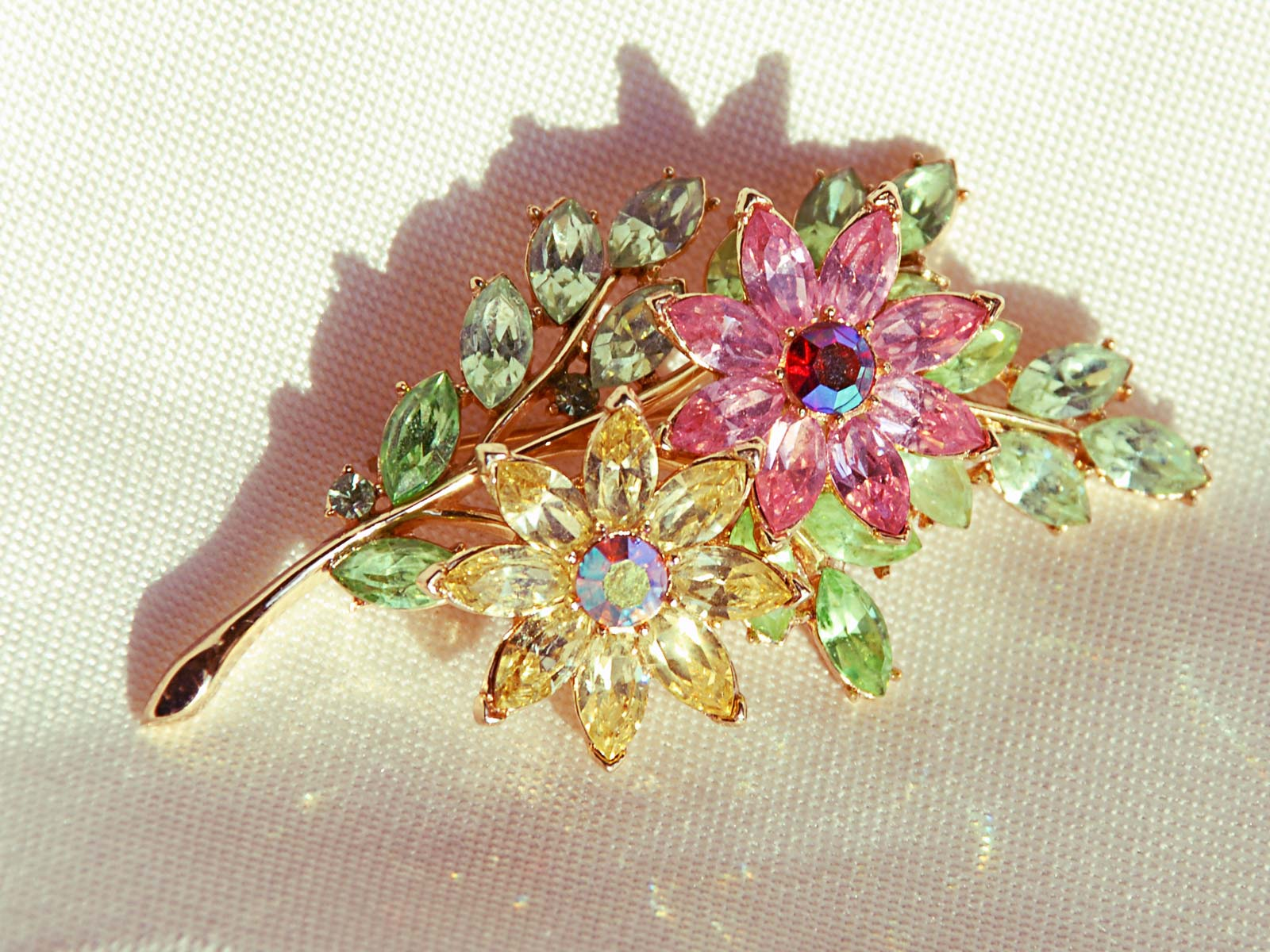 Trifari Floral Pin Brooch