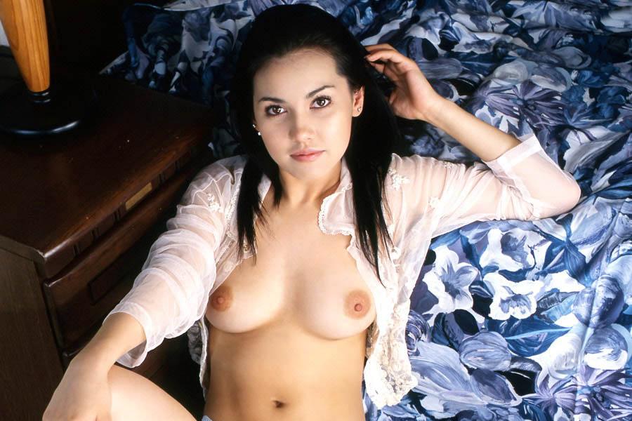 maria ozawa sexy topless pics 01