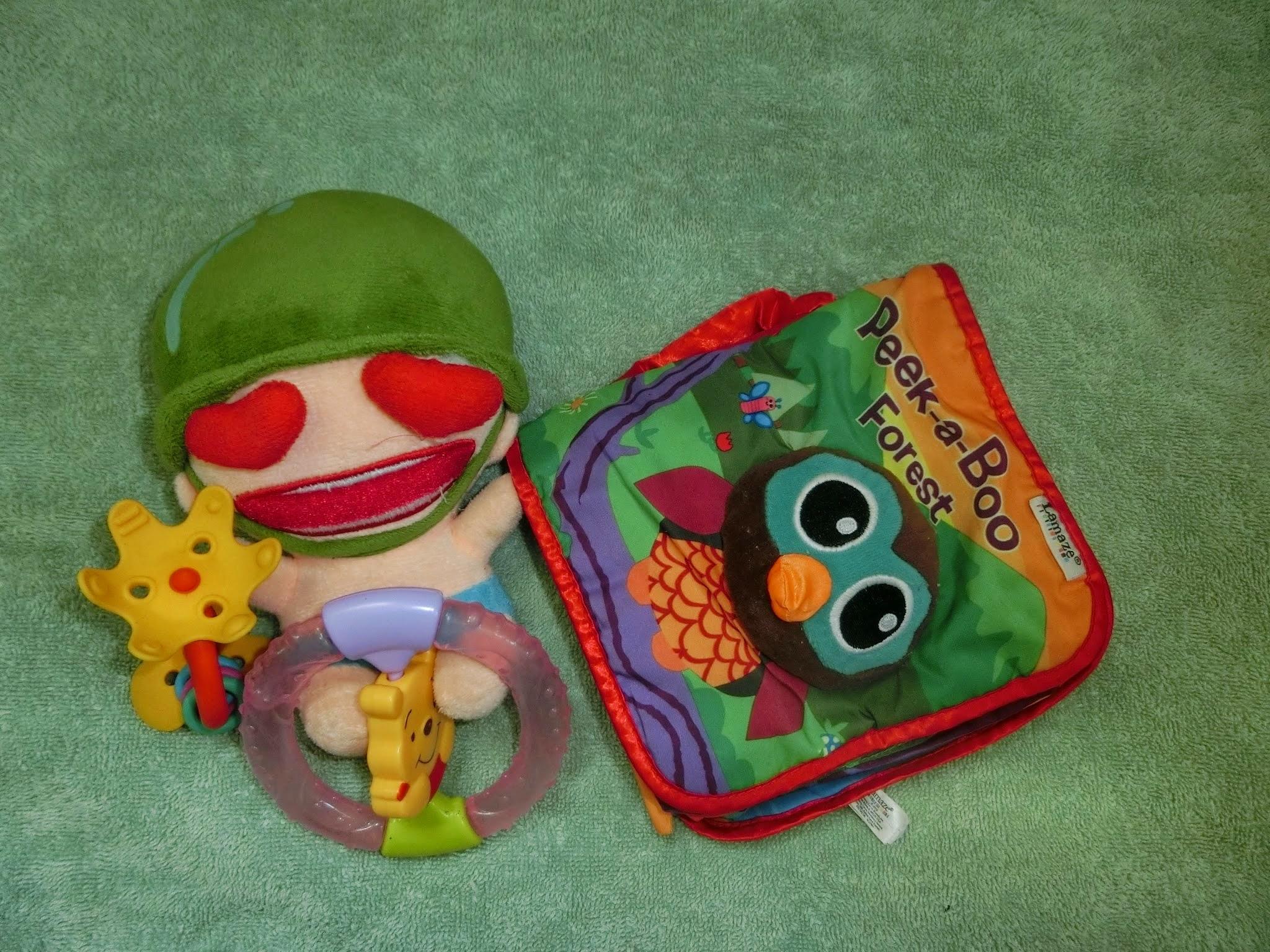 Tips: 7 Benda Awesome Patut Ada Dalam Beg Bayi Anda