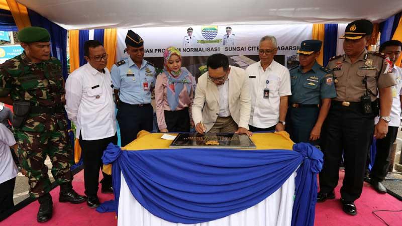 Walikota Bandung Resmikan Normalisasi Sungai Citepus di Jalan Pagarsih