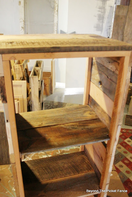 jelly cupboard, rustic decor, reclaimed wood, barnwood, old screen, vintage, build it, DIY, http://bec4-beyondthepicketfence.blogspot.com/2016/03/rustic-jelly-cupboard-diy.html