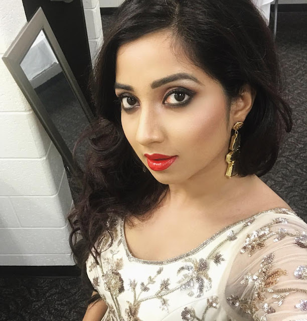 Shreya Ghoshal Has Cute Face With Pretty Voice  New Actress-8680