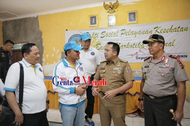 Beri Bantuan Korban Tsunami Lampung, Kepala BNN Mengaku Sengaja Datang Terakhir