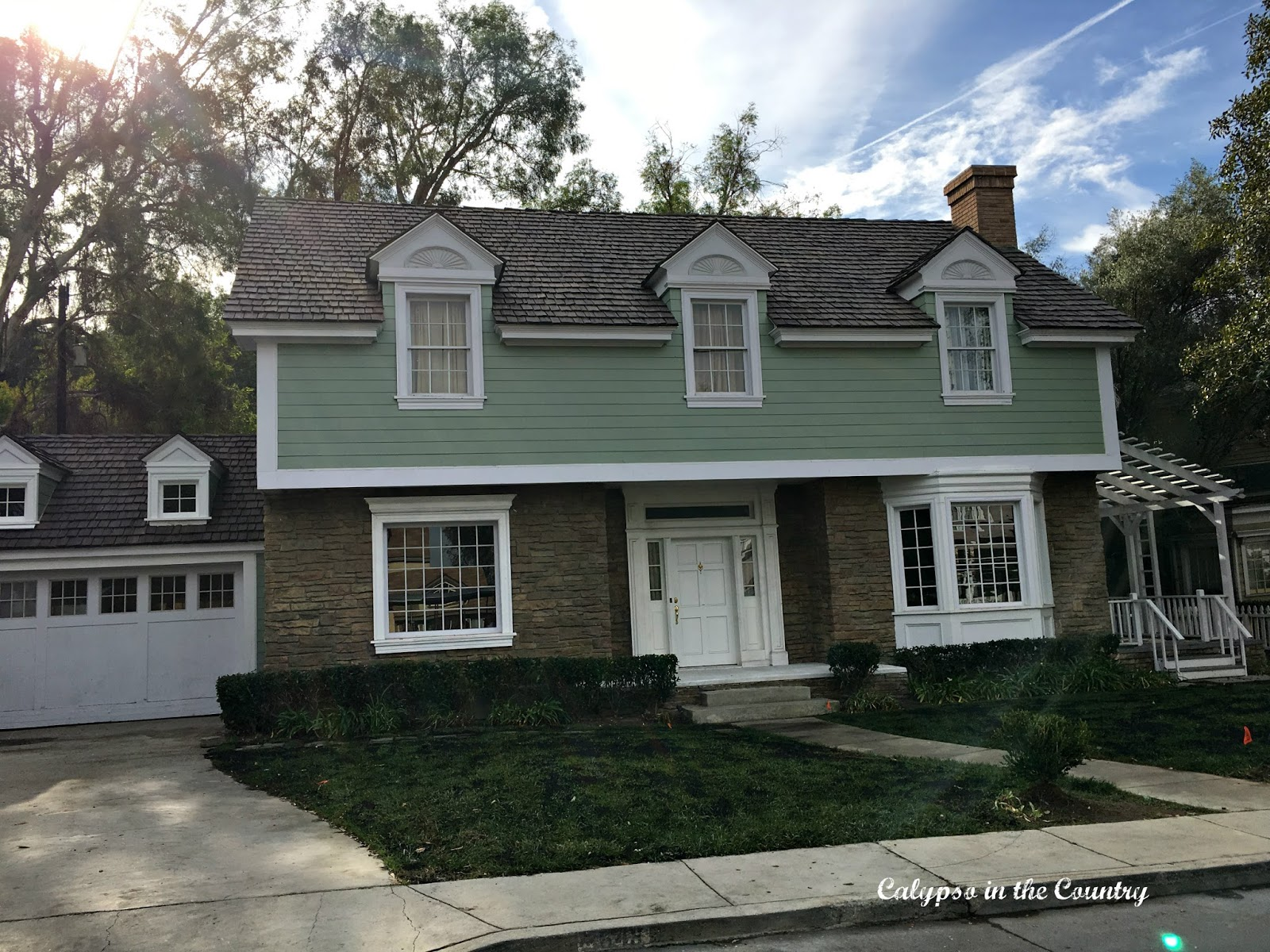 Houses on Colonial Street - Universal Studios Tour
