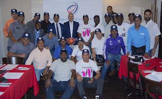 Fedofútbol sostuvo encuentro con asociaciones y entregó material deportivo