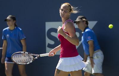 Serena stunned again in U.S. Open semis