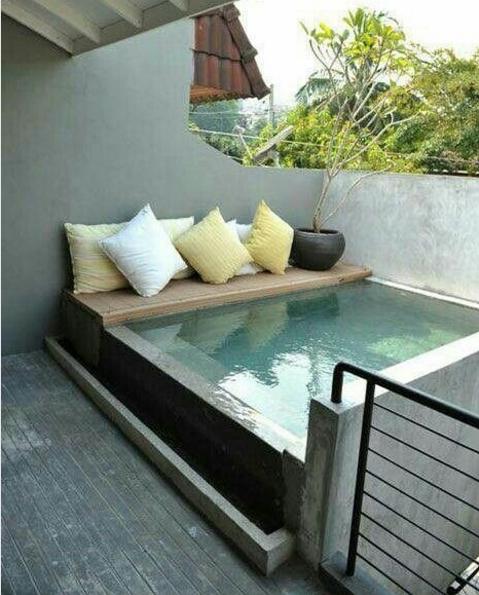 101 planos de casas sue a con una piscina en su peque o patio for Construir una piscina en un patio pequeno
