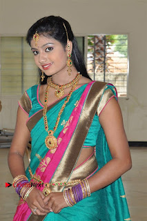Uyirkkodi Tamil Movie Stills  0033.jpg
