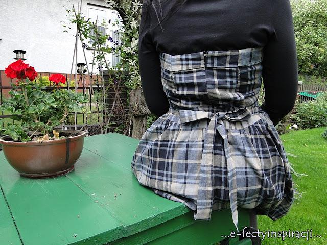 sukienka bombka w kratę