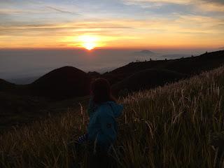 sunrise diatas gunung prau