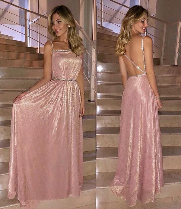 vestido de festa longo rosa claro com tecido brilhante