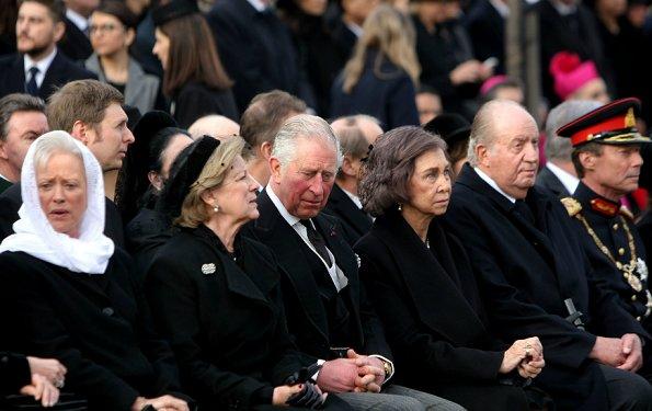 Queen Sofia, Queen Silvia, Queen Anne-Marie, Crown Princess Margareta, Prince Charles, Princess Elena