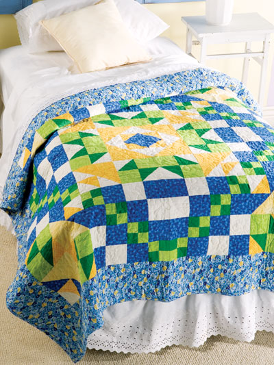 Morning Glorious Quilt designed by Holly Daniels of FreePatterns
