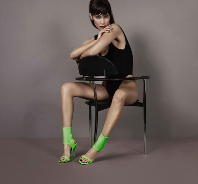 Bella Hadid  Giuseppe Zanotti'nin Yeni Yüzü Oldu