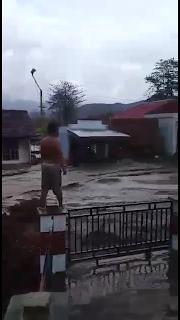 <b>Ratusan Rumah Warga di Desa Tolo Kalo dan So Nggajah Kempo Terendam Banjir</b>