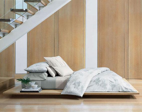 camas bajas muy cerca al piso low bed floor bed by