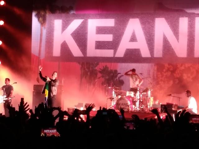 Keane faz show lotado e intimista em São Paulo