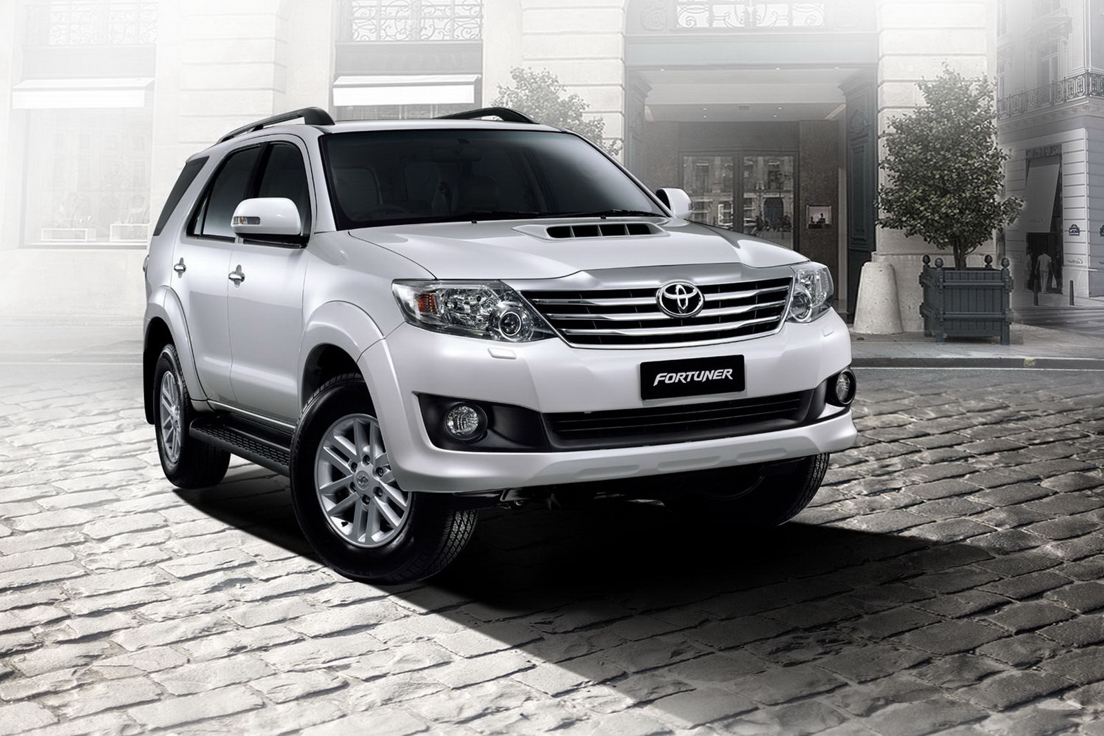 Car Wallpaper Toyota Fortuner Car Hd Wallpaper