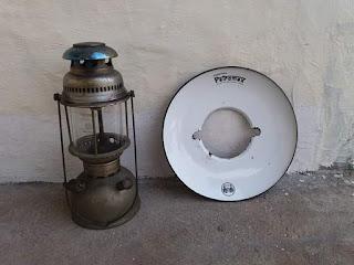 Dijual: Lampu Petromax antik ..kondisi normal