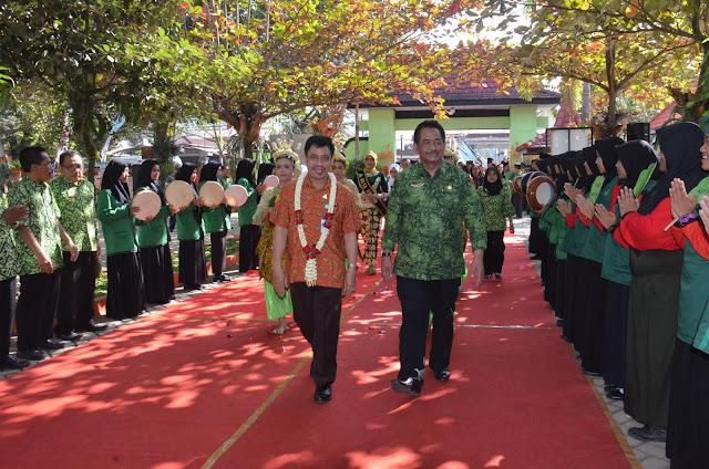 SMAN 1 Durenan Trenggalek Menjadi Wakil dari Propinsi Jawa Timur dalam Penilaian Sekolah Sehat Tingkat Nasional