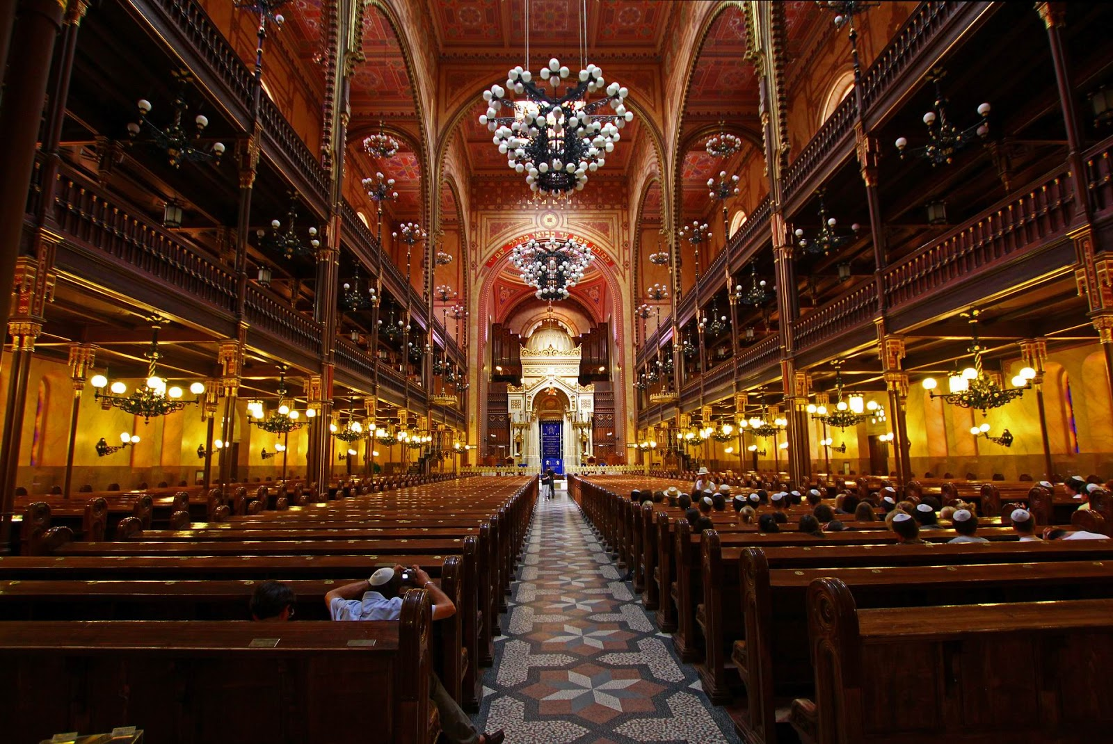 Central Europe: Dohany Street Synagogue, Budapest