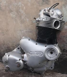 Jual Mesin Motor TUA Norton Commando 850cc