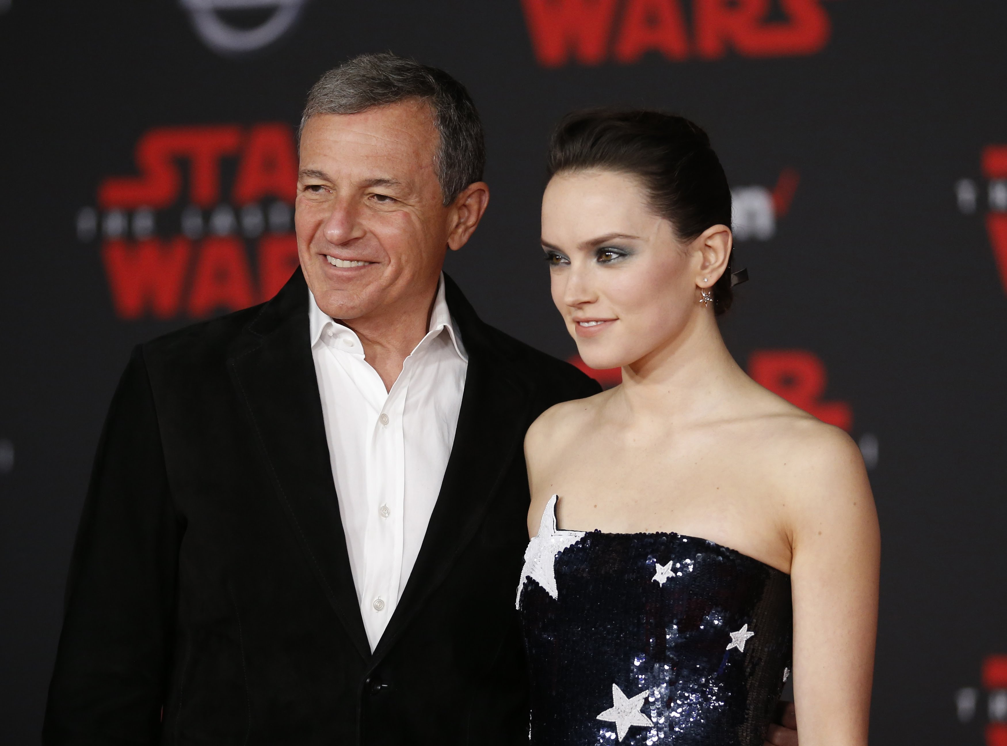 The Next Star Wars Movie :「ザ・ライズ・オブ・スカイウォーカー」後の新しい未知の「スター・ウォーズ」の映画について、ディズニー代表のボブ・アイガー氏が語ってくれた ! ! - CIA Movie News
