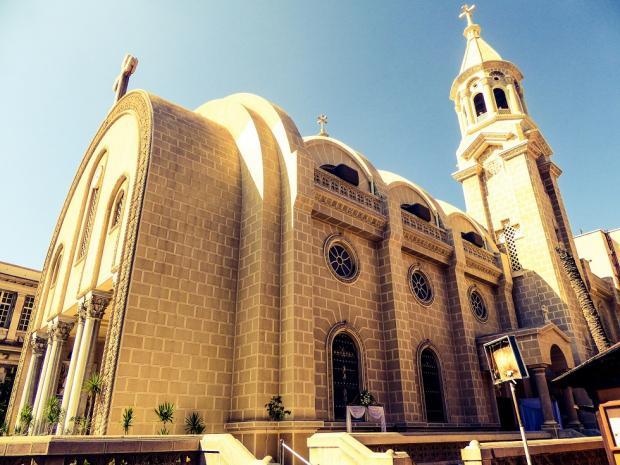 بث مباشر.. انفجار كنيسة الاسكندرية استشهاد 11 لحظة تفجير كنيسة مارمرقس الكرازة المرقسية بالعطارين بحزام ناسف