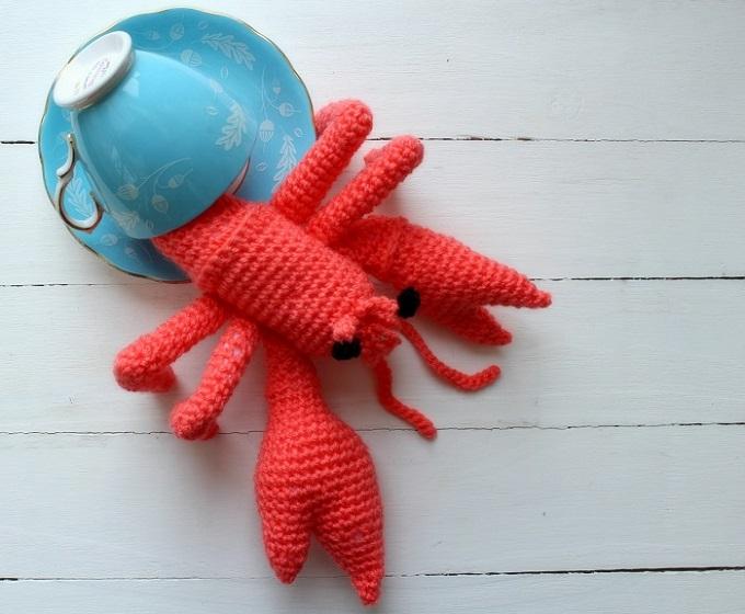 crocheted hermit crab