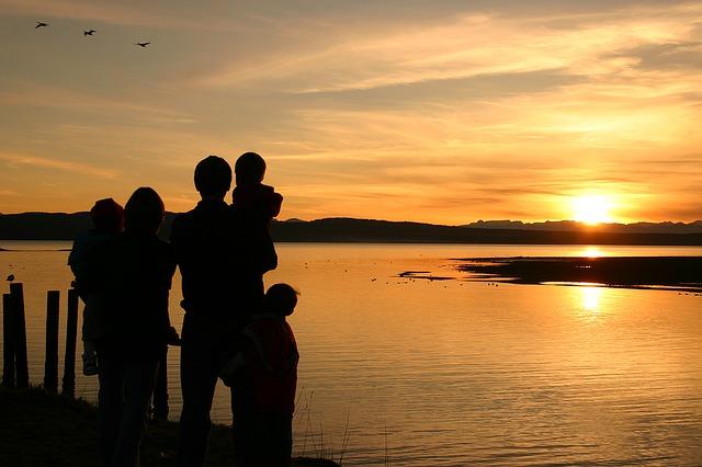 Tips Lengkap Menyusun Anggaran Liburan Keluarga