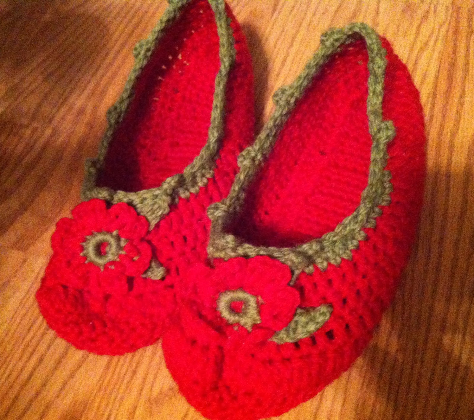 Nifty Thrifty Bits: Frugal Handmade Gift Idea - Crochet Slippers and ...
