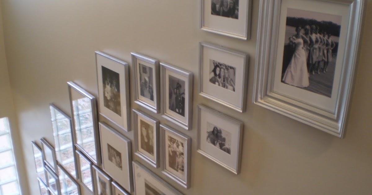 comment d corer un grand mur avec cadres comment fait. Black Bedroom Furniture Sets. Home Design Ideas