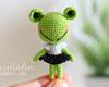 http://fairyfinfin.blogspot.com/2015/10/cute-tiny-crochet-frog-doll-amigurumi.html