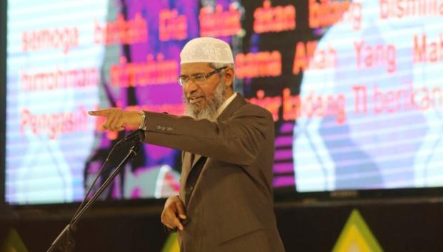 Zakir Naik: Banyak Politisi Pisahkan Agama dan Politik Karena Takut Kehilangan Jabatan