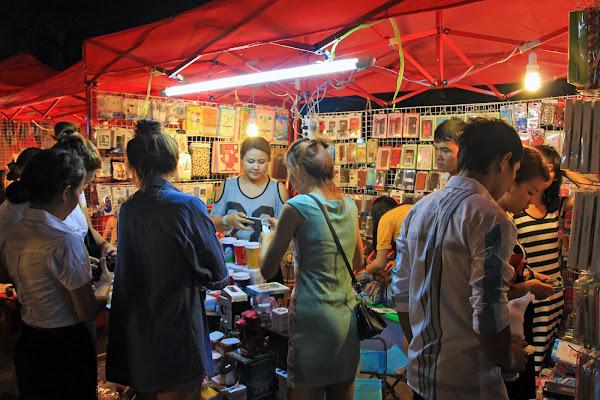 Negozi Night Market Vientiane