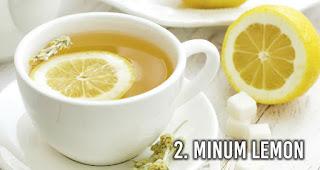 Minum Lemon untuk Pertolongan Pertama Alami Saat Keracunan Makanan
