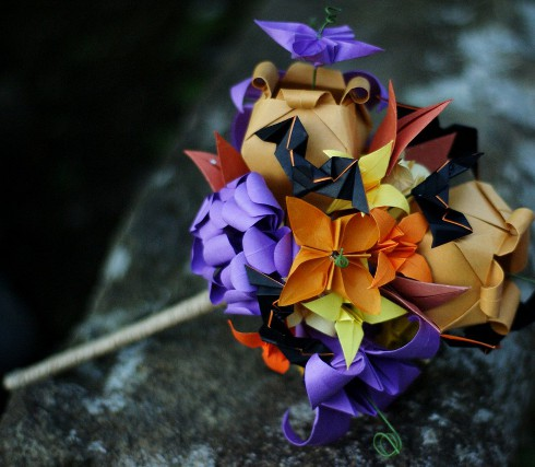 Curly Fries: GLAMOROUS ACCESSORIES: Origami Paper Flower ... - photo#2