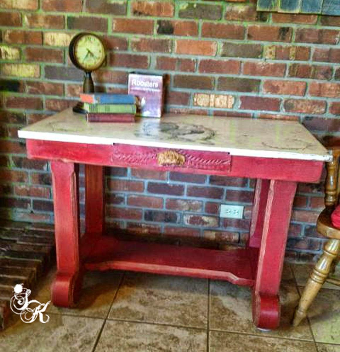 Easy Farmhouse Table