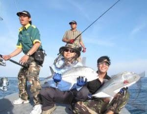 Memancing ikan bahari tentu beda dengan memancing ikan di air tawar menyerupai di kolam atau s 3 Umpan Jitu Memancing Ikan Laut