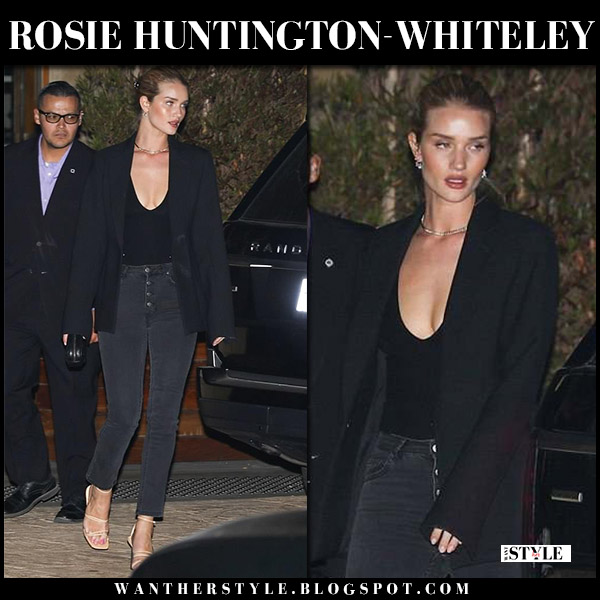 Rosie Huntington-Whiteley in black blazer, grey skinny jeans and beige sandals jacquemus model style may 26