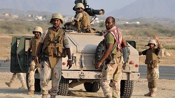 بالفيديو جنود سعوديون يلقنون حوثي الشهادة ...شاهد بماذا رد عليهم؟؟