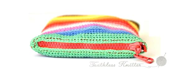 Crochet Case for a Portable Hard Drive / Szydełkowy Pokrowiec na Przenośny Dysk Twardy