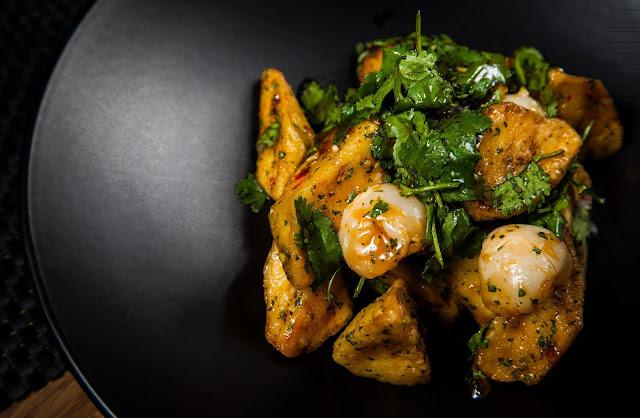 баклажаны по-тайски, азиатская кухня, как приготовить баклажаны, ресторан blackthai, блек тай, тайская кухня в Москве, салат, Анна Мелкумян, кулинарный блог, food blog