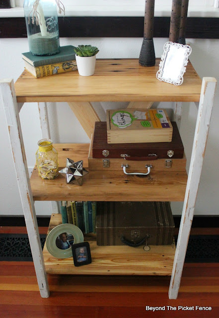 ladder shelf, easy DIY, bookshelf, old ladder, barnwood, http://bec4-beyondthepicketfence.blogspot.com/2016/04/easy-ladder-shelf.html