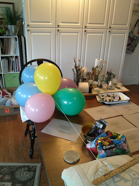 testing out how many balloons for every 3 feet of garland