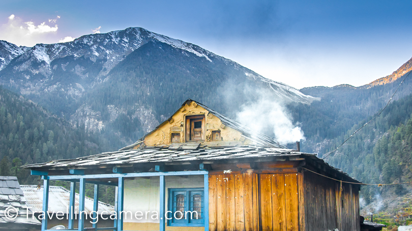 I have been to Kullu Sarahan twice and have loved spending time around this beautiful temple in the middle of Sarahan village.