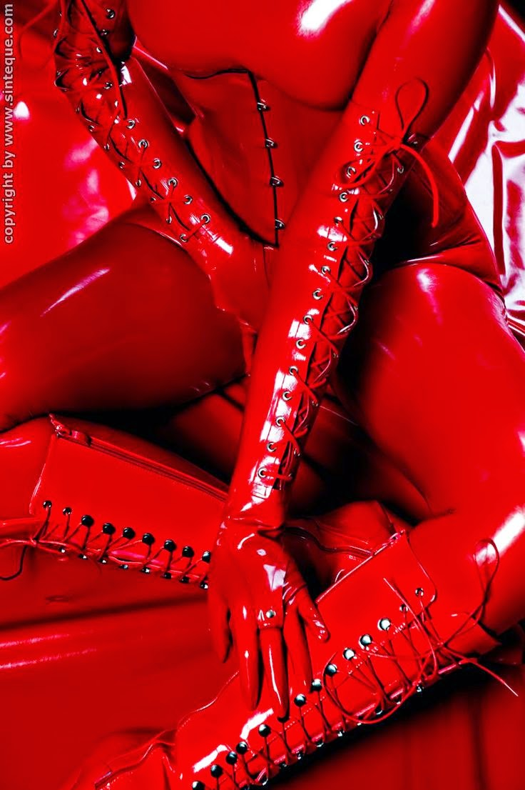 latex leather cuero rubber fetish bdsm