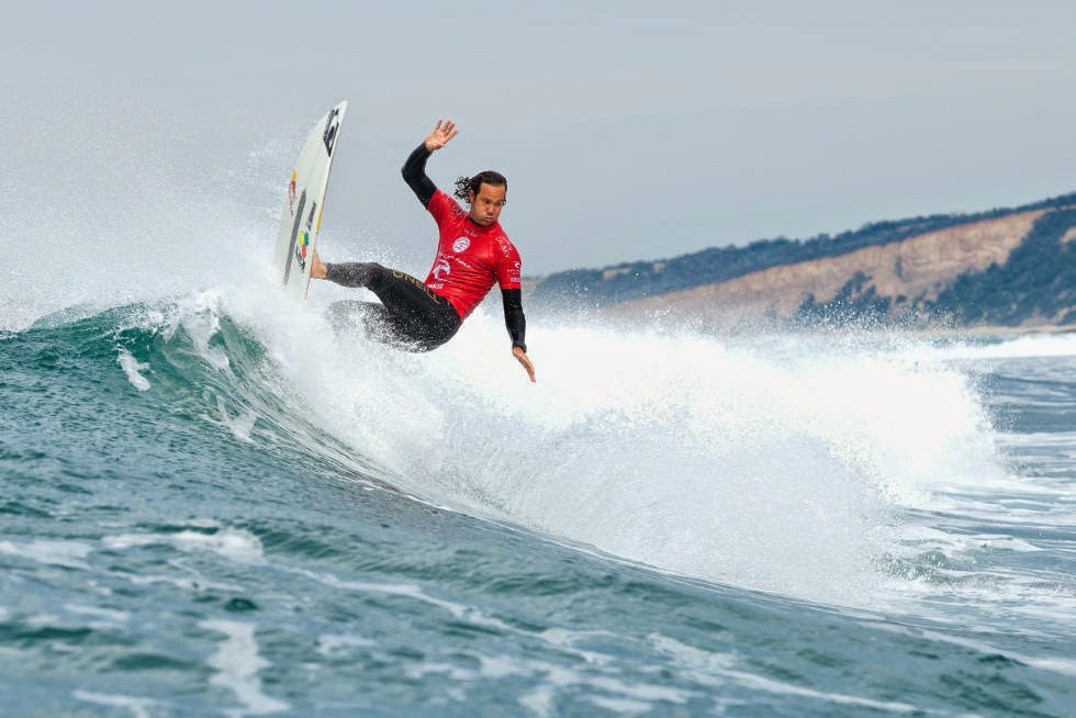 15 Rip Curl Pro Bells Beach 2015 Jordy Smith WSL Kelly Cestari