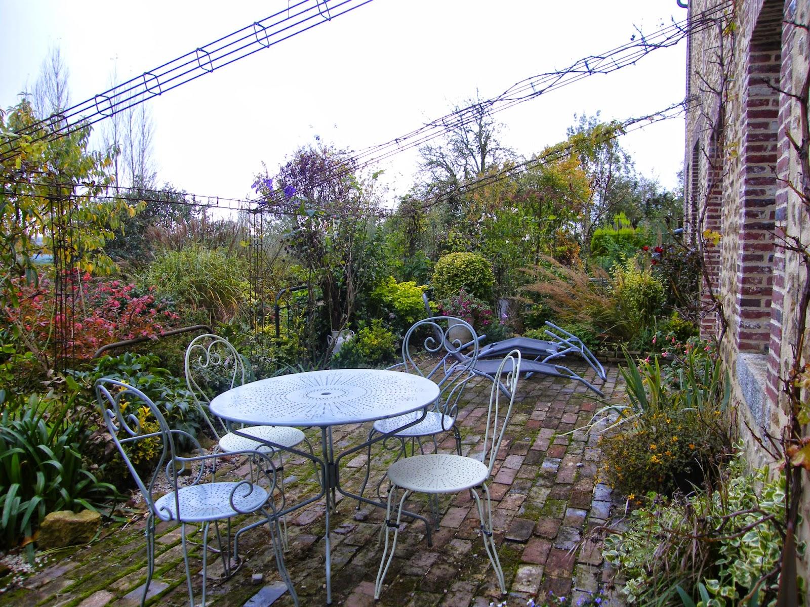 Au gr du jardin rencontre avec le jardin des violettes for Le jardin normand